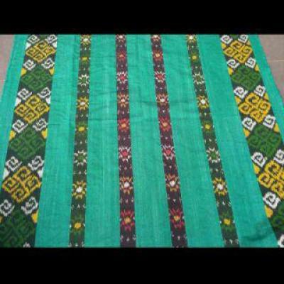 Kain-jual-kain-tenun-blanket.jpg