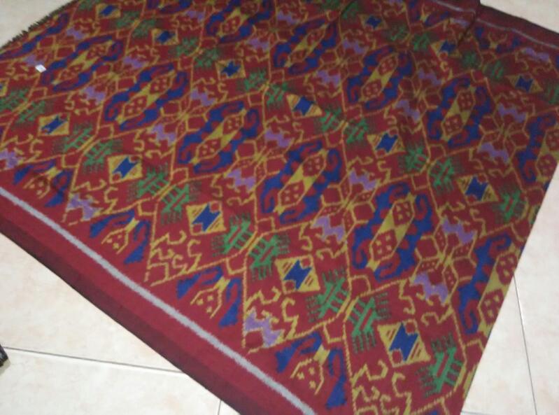 harga kain tenun lombok